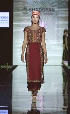 Տարազ- Armenian National Clothing - Taraz Armenia, Folk Costume, Costumes, Traditional Clothes, Fashion Sketches, Clothing Ideas, Persian, Fashion Dresses, Sari