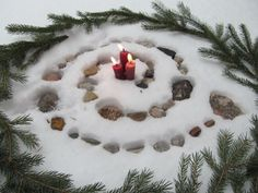 Simple outdoor yule