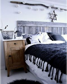 White Cozy Scandinavian Bedroom Designs - this looks beautiful!