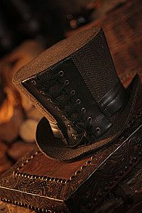 Hues of Brown ~ Leatherworker Top Hat Steampunk Zylinder Steampunk Accessoires, Steampunk Hat, Steampunk Fashion, Café Chocolate, Chocolate Color, Brown Eyed Girls, Brown Aesthetic, Beige, Taupe