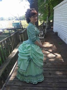Bustle Dress, Character Creation, Steampunk Clothing, Sewing Ideas, Bodice, Abs, Victorian, Concept, Gowns