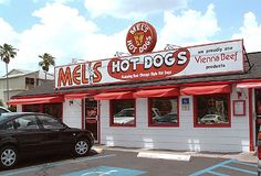 Mel's Hot Dogs tn Tampa, fl are famous hot dogs and outstanding french fries and the coldest drinks in in the state of Fl Old Florida, Naples Florida, Tampa Florida, Florida Travel, Florida Beaches, Florida 2017, Hot Dog Restaurants, Great Places, Places To Go