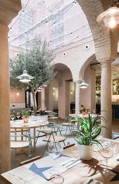 Oda al patio andaluz - El Pintón de Sevilla   Ministry of Deco