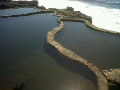 Salty Water Swimming Pools, El Zonte, La Libertad, El Salvador (Photo Credits: Kika Acosta)