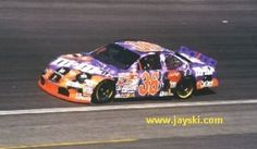 Drafting the Circuits' Bryan Nicodemus gives us a Halloween Treat by revisiting Halloween Paint Schemes of NASCAR's past. Please read, comment, share, and enjoy. Thank you! Halloween Paint Schemes