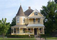 My house feels naked without a turret. I mean what kind of Victorian doesn't have a turret and full wrap around porch? (Quenn Anne Farmhouses apparently. Style At Home, Colonial Style, Future House, My House, Victorian Style Homes, Victorian Homes Exterior, Victorian Porch, Victorian Gothic, Yellow Houses