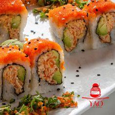 RedKing Roll: Exquisita combinación de Spicy KingCrab, Pepino, Aguacate, Ajonjolí con un rico Topping de Tobiko. #RollsLover #VenParaYAO