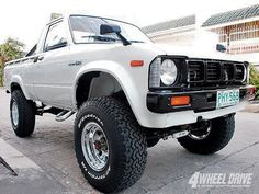 It does not get cooler than this! Toyota Pickup 4x4, Toyota Trucks, Toyota Cars, Toyota Hilux, Toyota Tacoma, Suv 4x4, Mini Trucks, Lifted Trucks, Cool Trucks