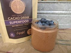 If you need a powerful breakfast or mid-afternoon snack, this Chocolate Chia Pudding is the solution. Packed with antioxidants, fiber, healthy fats, protein and