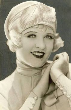 Studio portrait movie star Phyllis Haver in a feathered-close-fitting-hat, Silent Film Stars, Movie Stars, Belle Epoque, Vintage Photographs, Vintage Photos, Pin Up, Old Hollywood Glamour, Classic Hollywood, Roaring Twenties