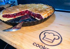 Fruit Recipes, Butcher Block Cutting Board, Pie, Cooking, Ethnic Recipes, Food, Candy, Torte, Kitchen