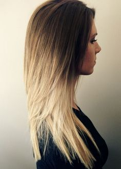 medium length blonde/brown layered hair