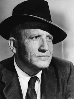 "Spencer Tracy ~ His twenty-odd years relationship with Kate Hepburn, The movies that would come out of that union (""Adam's Rib"", ""Guess Who's Coming to Dinner"", ""Woman of the Year""), His friendships with Hollywood bigs like Humphrey Bogart and Clark Gable Hollywood Stars, Old Hollywood, Viejo Hollywood, Hollywood Actor, Golden Age Of Hollywood, Classic Hollywood, Easy Listening, Katharine Hepburn, Actrices Hollywood"