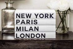 Related image Fashion Business Cards, Aesthetic Rooms, Chanel Fashion, Milan Fashion, Black Accents, Fashion Books, Fashion Decor, City Style, Modern Fashion