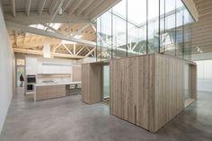 Bowstring Truss House par Works Partnership Architecture