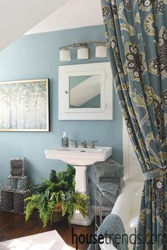 Five great bathroom design ideas Bedroom Paint Colors, Paint Colors For Home, Bathroom Colors, Wall Colors, House Colors, Bathroom Ideas, Paint Color Combos, Indoor Paint, Aqua Paint