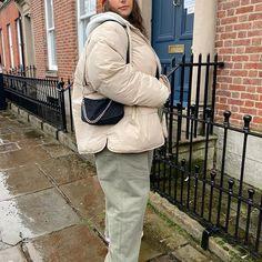 Broooooo you know they got an olive emoji Winter Fits, Emoji, Winter Fashion, Street Wear, Street Style, Photo And Video, Fitness, Pants, Inspiration