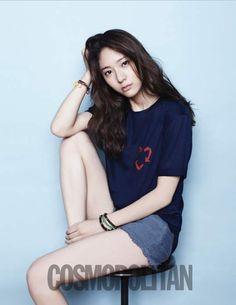 [Pic+Gif+Vid] Krystal Jung (크리스탈) - Jung Soo Jung (정수정) - f(x) (Krystalized fans! Krystal Fx, Jessica & Krystal, Pop Fashion, Asian Fashion, Girl Fashion, Korea Fashion, Krystal Jung Fashion, Korean Photo, Very Good Girls