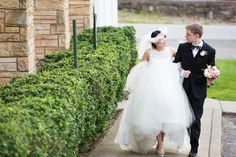 Nashville Wedding Photo #photographer #bride #groom #weddingdress #Nashvilleweddingphotographer #nashvilleweddingphoto #weddingphoto