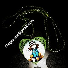 Gorjus corazón verde. Collar en tonos verde con corazón verde y camafeo gorjus