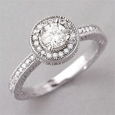 Vintage style engagement ring. Love.