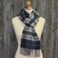 Color: Navy, cream and pale grey plaid. Long scarft made form a blend of  cashmere and merino wool
