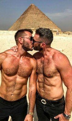 Big Love, Man In Love, Hugs, Abs Boys, Hunks Men, Men Kissing, Cute Gay Couples, Gay Art, Dream Guy