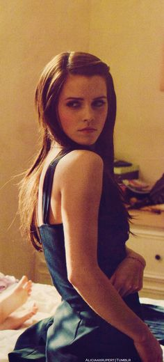 I love emma watson! why have i still not seen Bling Ring?