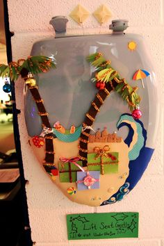 #3 - Beach themed toilet seat wreath