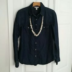 Banana Republic Dark Soft Wash Denim Shirt A wardrobe staple! I wore and washed this only one time, and it is in nearly brand new condition. It is a very dark denim wash, but a lightweight fabric. 91% cotton, 9% linen. Banana Republic Tops Button Down Shirts