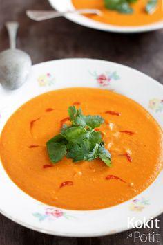Kokit ja Potit -ruokablogi: Tomaattinen kikherne-kookoskeitto