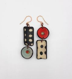 If you've ever considered making your own jewelry, you can learn all you can on this beautiful art by buying jewelry making books. Ceramic Jewelry, Enamel Jewelry, Sea Glass Jewelry, Polymer Clay Earrings, Metal Jewelry, Silver Jewelry, Simple Jewelry, Paper Jewelry, Fabric Jewelry