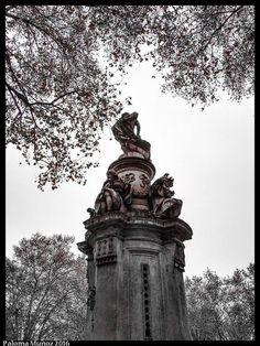 Fuente de Apolo y las Cuatro estaciones en el Paseo del Prado.