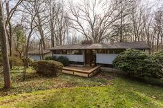 Classic Post & Beam Contemporary. Open House 1 to 3 pm, Sunday, February 19