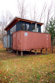 I know shipping containers seem like an in thing in modular instant architecture right now but I still think its such a cool idea to reuse these.