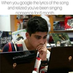Happened with all songs and happens with Louis' solos One Direction Harry Styles, One Direction Humor, One Direction Pictures, Crazy Funny Memes, Funny Relatable Memes, I Can Relate, Really Funny, 6 Years, In This World