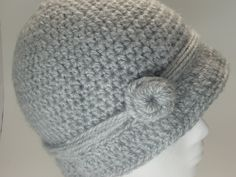 Cloche Hat pattern...so cute! I've been looking for more adult patterns.