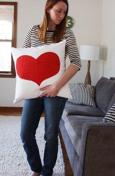 DIY: red heart pillow