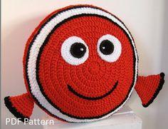 My orange clown fish friend Cushion - PDF Crochet Pattern // A Pillow that makes you smile // Baby shower gift