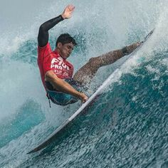 #GabrielMedina se lleva el #FijiPro www.escuelacantabradesurf.com ON Twitter @escuelacantabra Instagram @escuelacantabradesurf #surfing #escuelacantabradesurf #escueladesurf #skate #sup #playadesomo #cantabria #spain #surfschool #surfcamp #campamentosdesurf #gopro