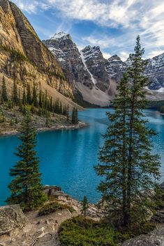 Mountain Beauty by Laura Murphy on Landscape Photos, Landscape Photography, Nature Photography, Beautiful Places, Beautiful Pictures, Nature Aesthetic, Nature Wallpaper, Nature Scenes, Nature Pictures