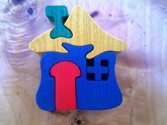 House Montessori Waldorf wooden puzzle made by hand by Ludimondo
