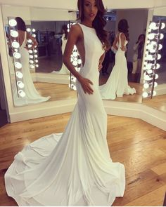 Beautiful bateau neckline white spandex long mermaid evening dress with long . - Beautiful bateau neckline white spandex long mermaid evening dress with long train - Dream Wedding Dresses, Wedding Gowns, Bateau Wedding Dress, Wedding Dress Long Train, Wedding Flats, Weeding Dress, Formal Wedding, Red Wedding, Elegant Wedding