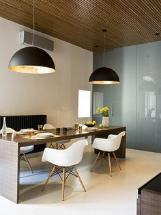 Große Pendelleuchten im Esszimmer - moderne Hängelampen - Große Pendelleuchten im Esszimmer oval kupfer schwarz
