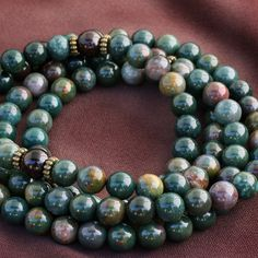 Bloodstone = Traditional birthstone