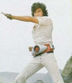 Takeshi Hongo doing his transformation routine to become Kamen Rider Ichigo Godzilla, Sailor Moon, Japanese Show, Robot Cartoon, Japanese Superheroes, Childhood Tv Shows, Live Action Film, Kamen Rider Series, Masked Man