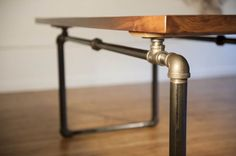 Love the piping for a table base. wish I had seen this idea last year.