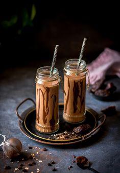 Banana Cupcakes, Greek Recipes, Tahini, Healthy Smoothies, Milkshake, Hot Chocolate, Cooking Recipes, Nutrition, Snacks