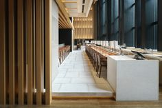 Brasserie restaurant & lounge in Four Seasons Kyoto, Japan. Designed by Shanghai-based architecture firm Kokaistudios. The site is located in the UNESCO protected area of the temples of Kyoto at the base of the mountains and faces a historical tradition… Visual Merchandising, Modern Interior Design, Interior Architecture, Restaurants, Bar Design Awards, Restaurant Lounge, Restaurant Restaurant, Modern Restaurant, Restaurant Design