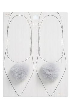 Free shipping and returns on Topshop Set of 2 Fluffy Shoe Pins at Nordstrom.com. Your shoes will thank you for the makeover with these fun faux-fur pompom pins.